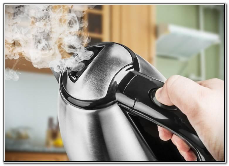 Как устранить неприятный запах пластмассы в электрочайнике