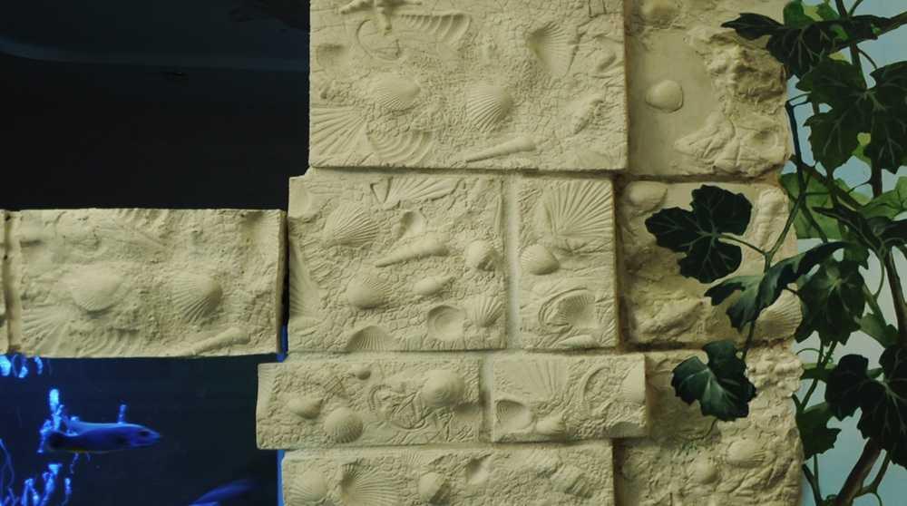 Имитация кирпича из гипсовой штукатурки. имитация кирпичной кладки своими руками: способы и советы.