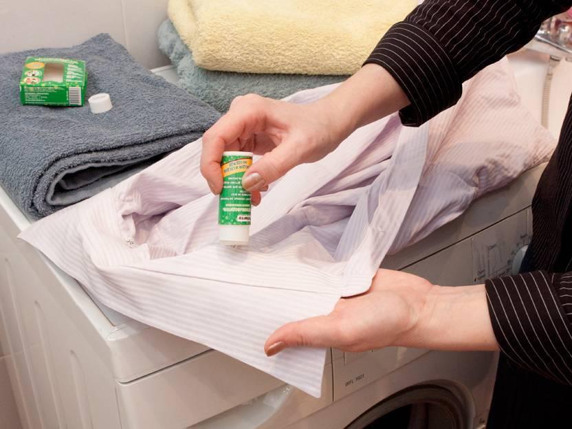 Как убрать разводы на пуховике после стирки или вывести пятна на куртке