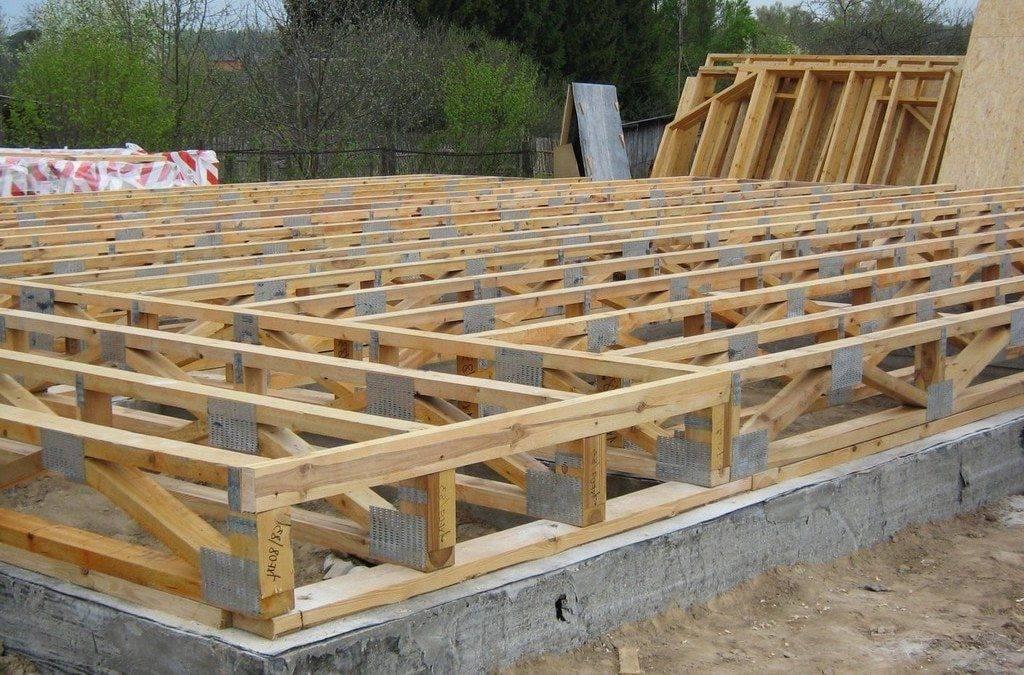 Материалы для строительства каркасного дома: выбор, влияние на расчёты средней температуры воздуха, особенности расчёты крыши и фундамента