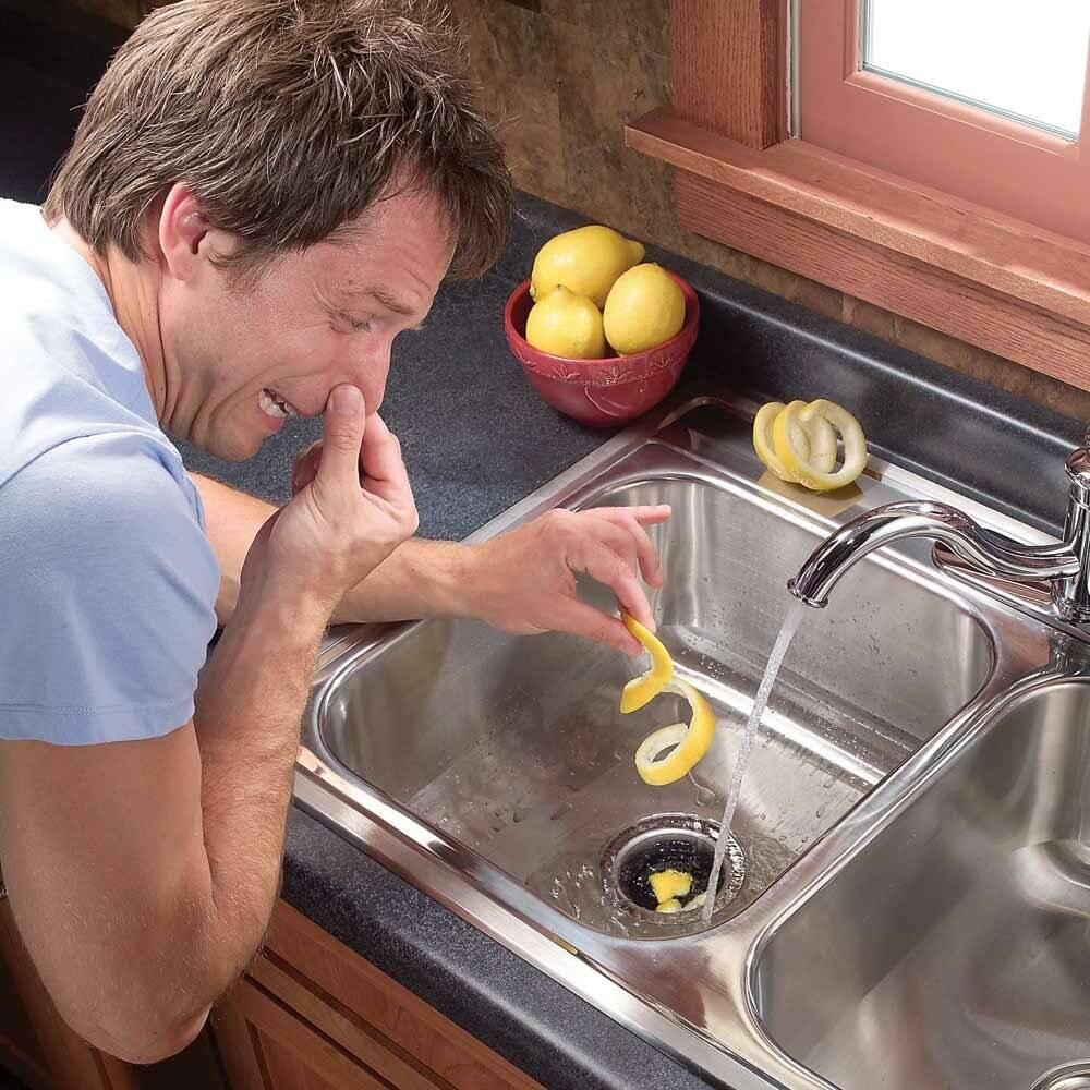 Чем опасен трупный запах в квартире, как избавиться народными средствами и очистителями воздуха