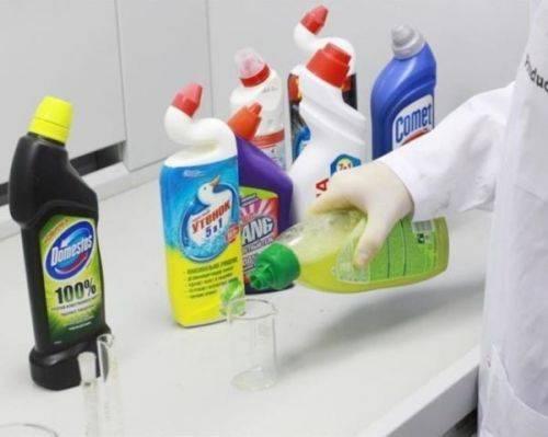 Чем быстро отмыть унитаз