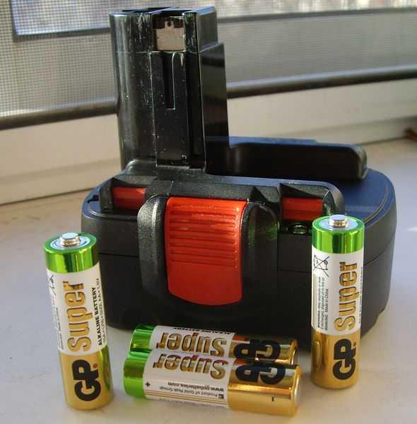 Как зарядить батарею шуруповерта без зарядного устройства