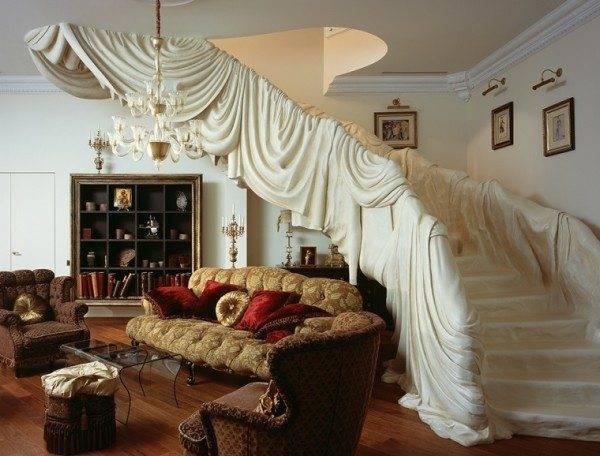 Античная лестница в элитном доме