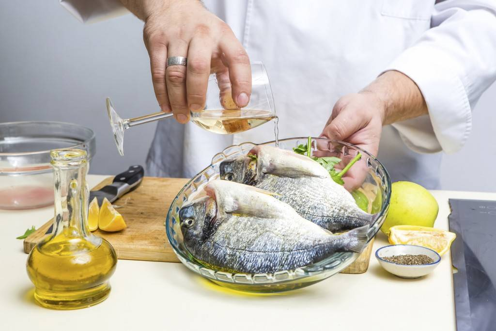Как устранить запах рыбы?