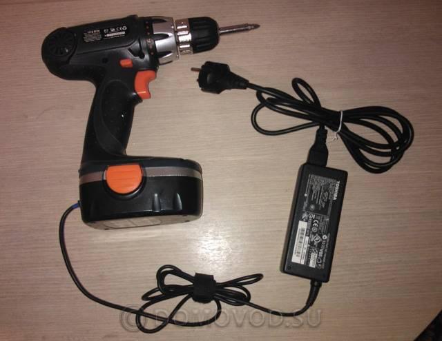 Как зарядить аккумулятор шуруповерта без зарядного устройства