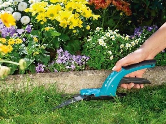Ножницы для стрижки травы