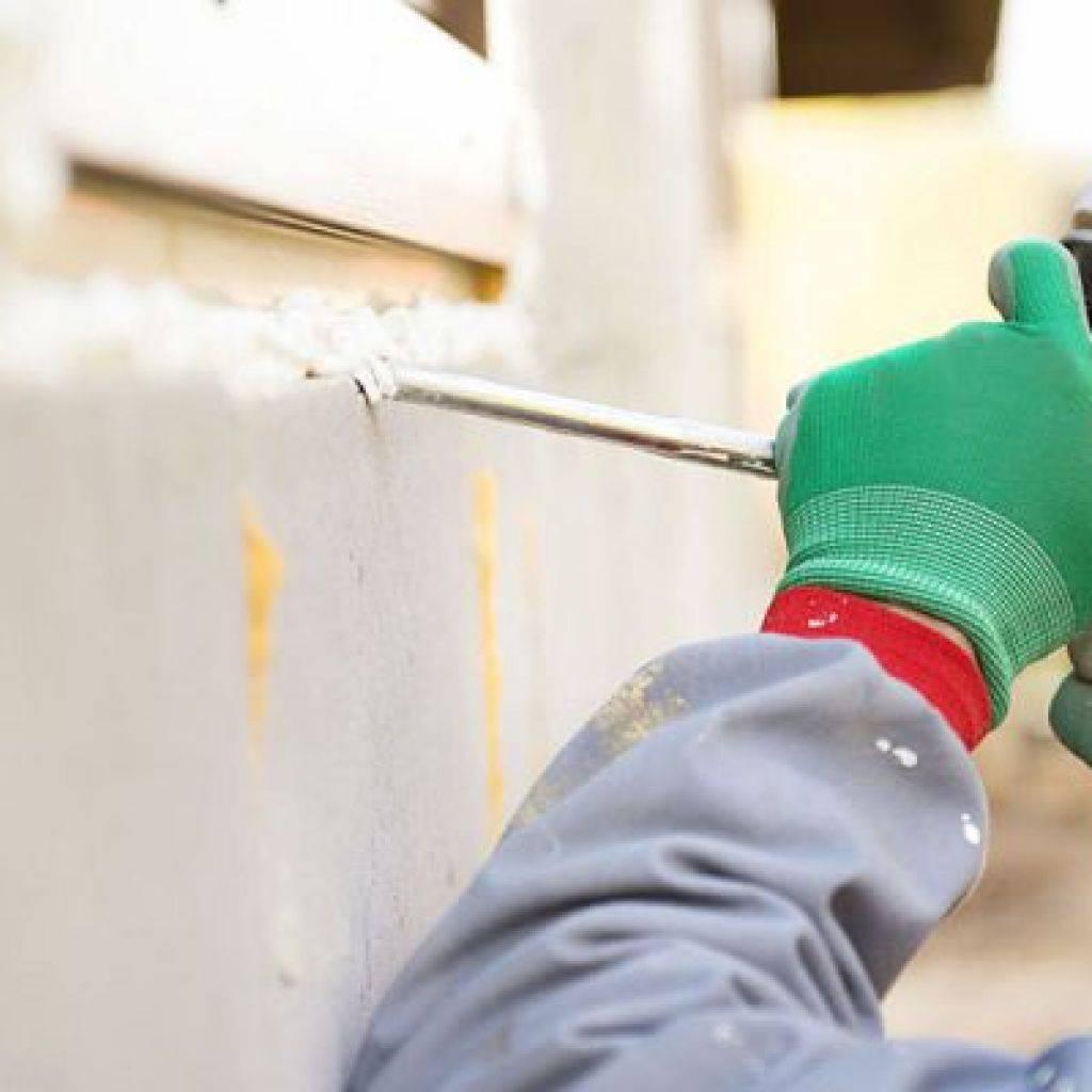 Как правильно удалить монтажную пену с кожи рук