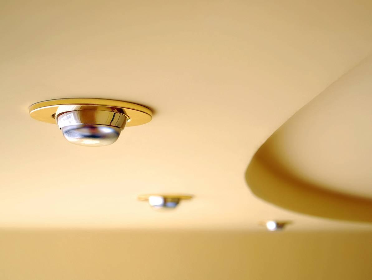 картинки встраиваемых светильников на потолке