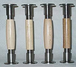 Больцы, отделанные деревом (для деревянных лестниц)