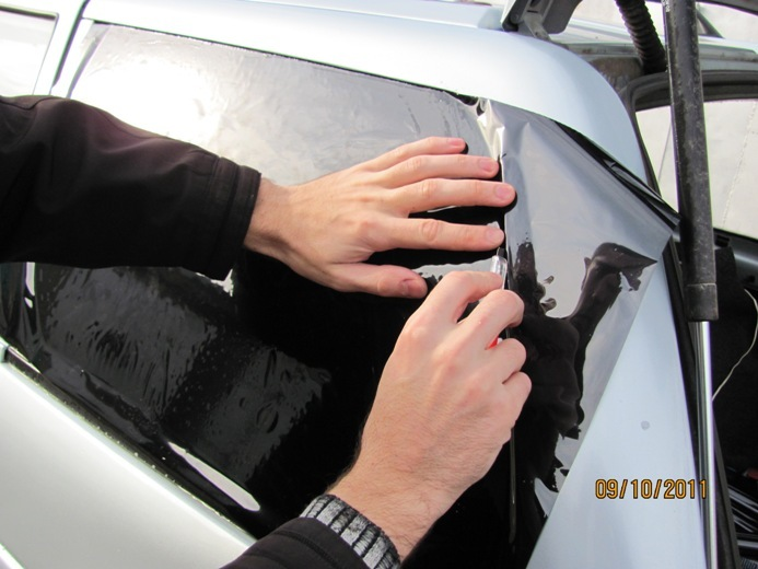 Тонирование стекол автомобиля своими руками, фото, видео