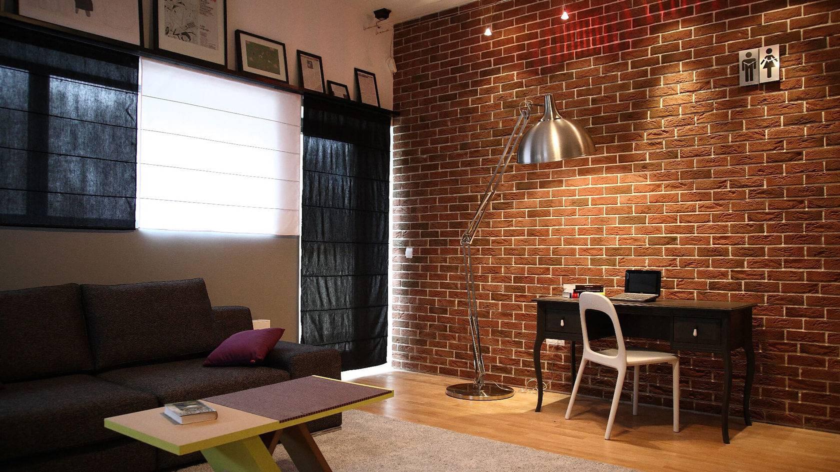 кирпич на стене в квартире фото мамочка погрузилась заботы