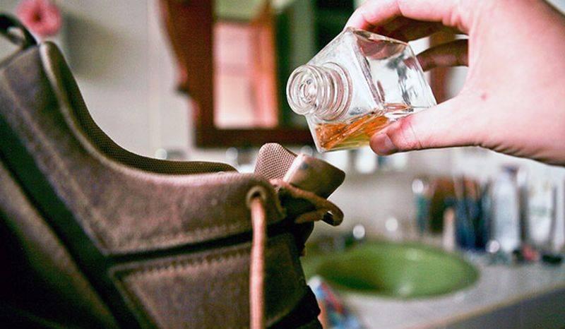 Как избавиться от запаха в сапогах