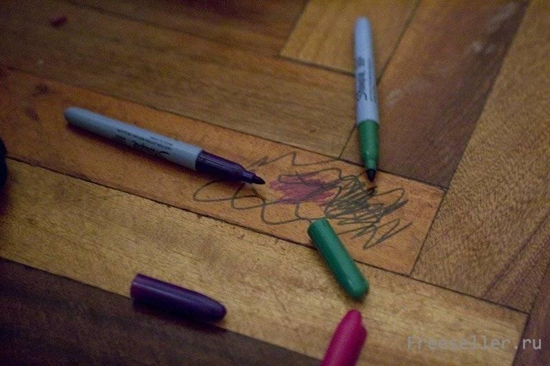 Чем оттереть восковой карандаш с обоев