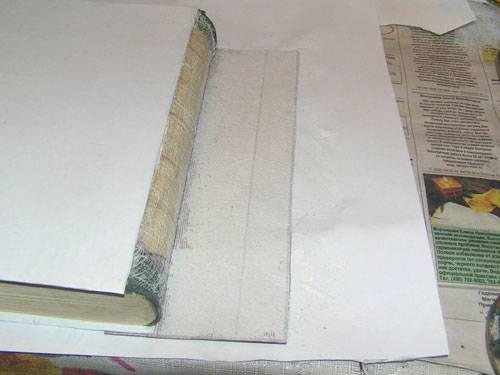 Как правильно склеить книгу в твердом и мягком переплете, если она порвалась