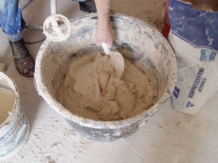 Как сделать раствор цемента своими руками?