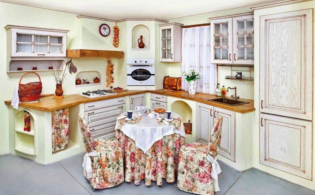 Как декорировать интерьер кухни красивыми поделками собственного изготовления
