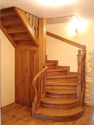 Лестницы для дачи: как выбрать оптимальный вариант