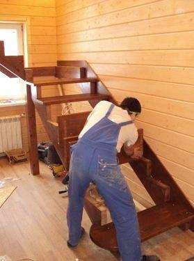 Для ступеней можно использовать вид скрытого крепежа, с использованием клея и шкантов