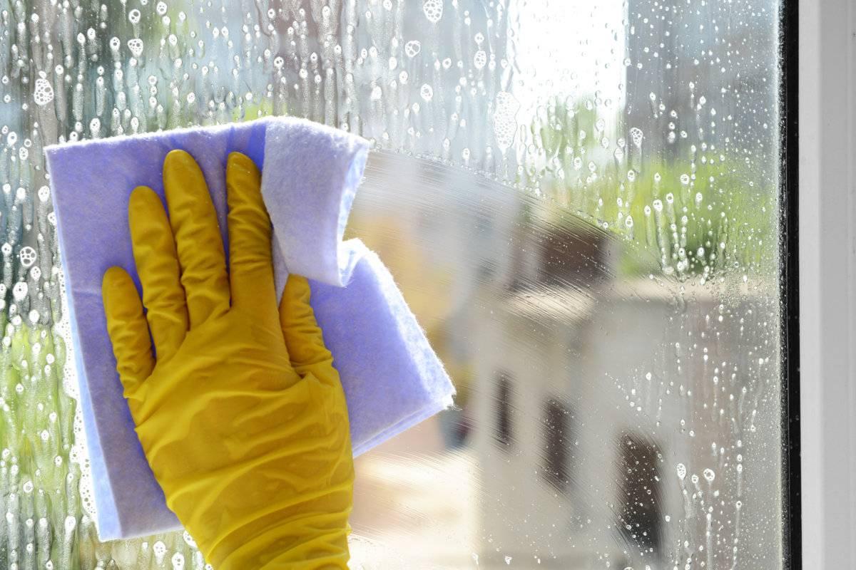 Подскажите хорошее средство для мытья окон!