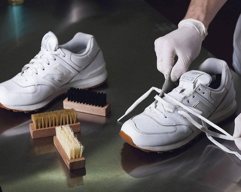 Как очистить белую подошву кроссовок в домашних условиях