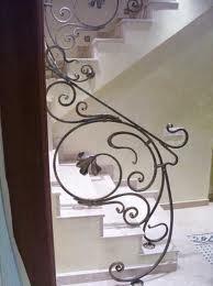 Фото: красивые узоры в декорировании лестниц