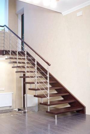 Фото лестницы-невидимки