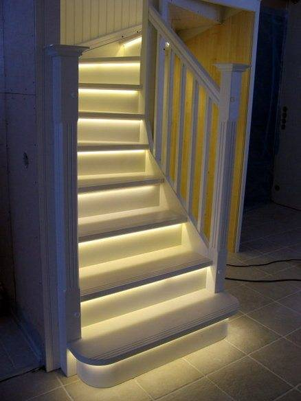 Подсветка лестницы светодиодной лентой своими руками фото 904