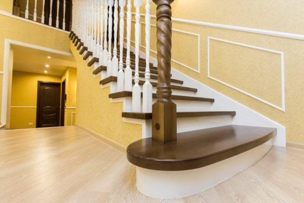 Правильная опорная конструкция – залог долгой эксплуатации лестницы