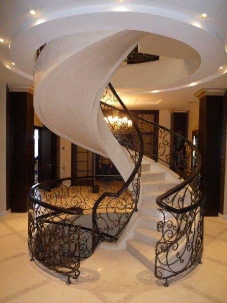 Изысканный дизайн гранитной лестницы