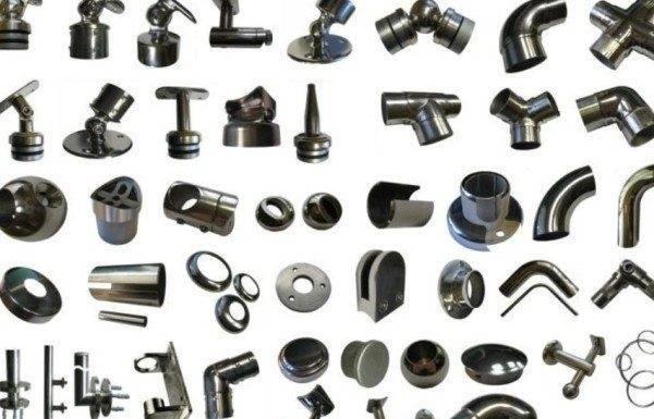 Комплектующие для лестниц из нержавейки: элементы конструкции и их характеристики