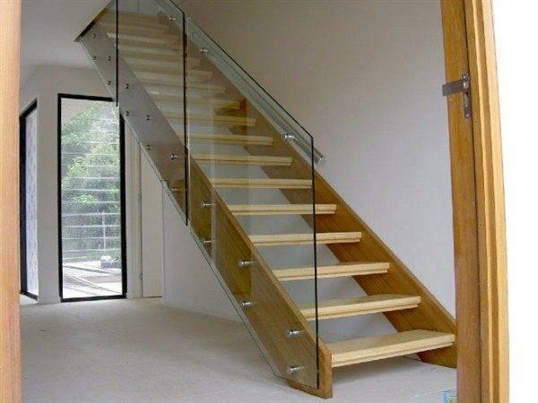 Каким бывает поручень лестницы