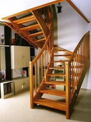 Проектирование винтовых лестниц на порядок сложнее лестниц на косоурах