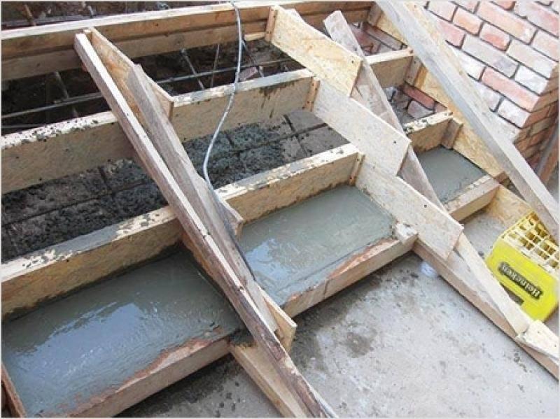 заливка ступеней бетоном цена
