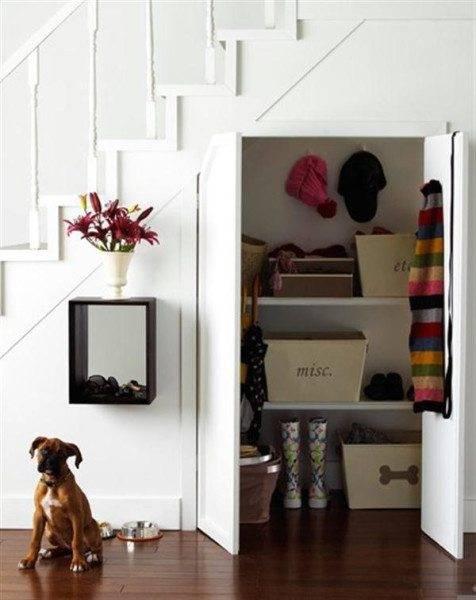 Шкаф-гардероб с полочками
