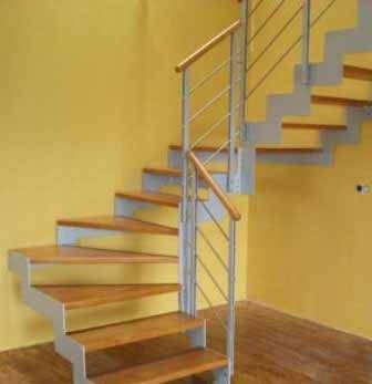 Стоимость строительства лестницы вы можете заметно уменьшить, если обратитесь к готовым модульным конструкциям, благо, что их огромный выбор поможет вам не ошибиться