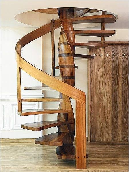 Так выглядит смонтированная лестница