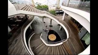 Винтовая лестница на улице – стильное решение